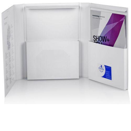Ordnerbox offen mit zwei Kartontaschen und Ausfallschutz